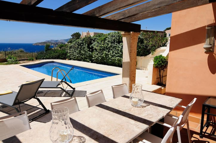 First Sealine Luxury Villa next to Port Adriano - El Toro - Villa