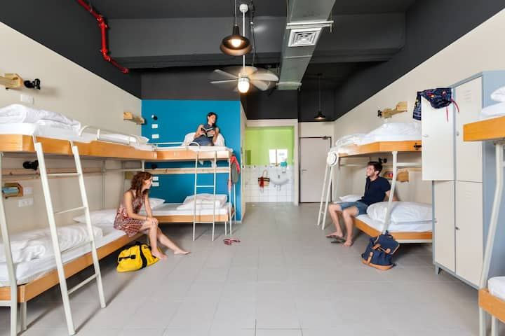 Abraham Hostel Tel Aviv - 12 Bed Mixed Dorm