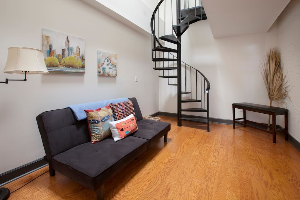 newly renovated luxury best downtown location apartments for rent in charleston south. Black Bedroom Furniture Sets. Home Design Ideas