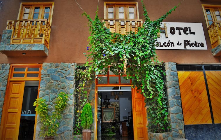 Hotel Balcón de piedra