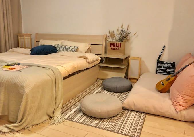 My cozy room来福士北欧混轻日式风格/江景房/影院/地铁沿线/美妆/可做饭火锅