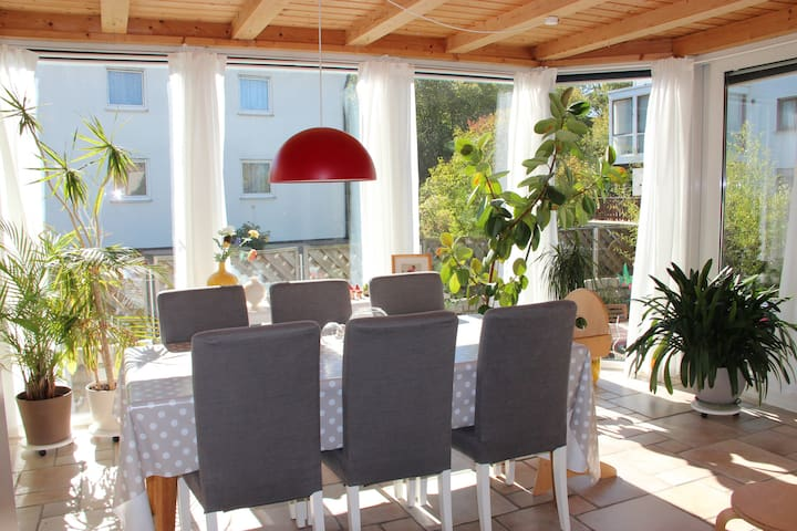 cosy quiet flat close to Nuremburg - Veitsbronn - Apartament