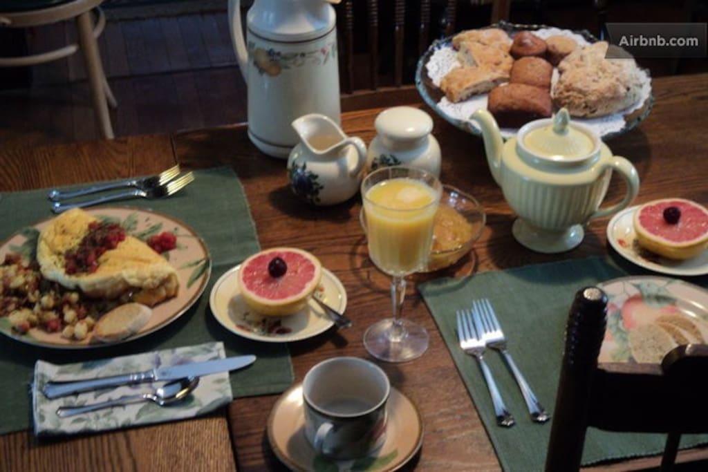 Sample :) Breakfasts change with the season, always good!