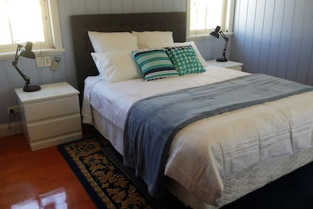 Executive Room - Shorncliffe