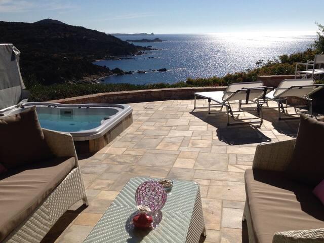 Terrace with breathtaking seaview in Villasimius