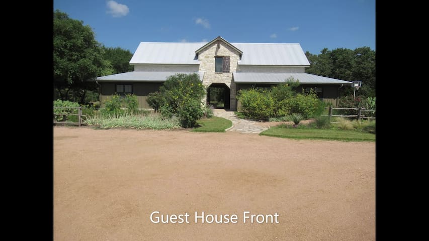 Dog-Trot Home on 20 Secluded Acres with pool
