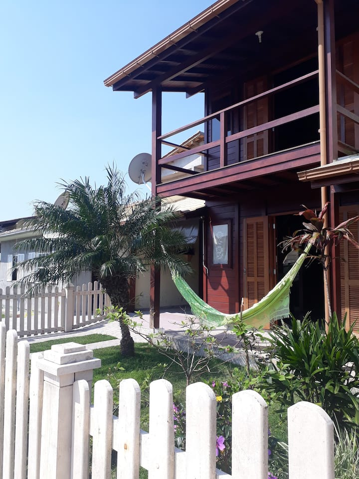 Quarto aconchegante em casa de praia em Garopaba!