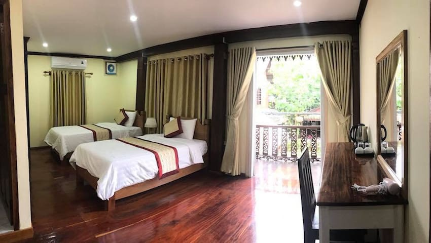 Home friendly in center Luangprabang