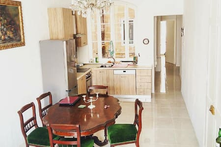 double bedroom apartment in the heart of Valletta - Valletta