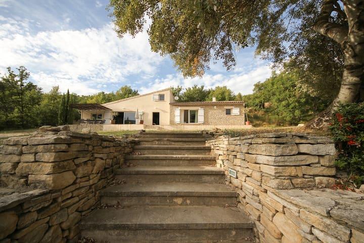 Large Villa in LUBERON, Provence - Saint-Martin-de-Castillon - Villa