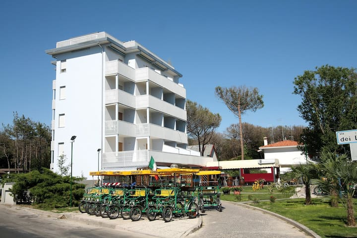 apt for 2+1 pers - dog welcome in Bibione R26551