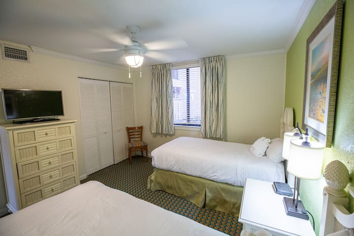 Twin Bedroom at Seawatch View Two