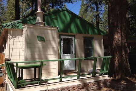 Entire Cabin, short walk to lake, License 007239 - South Lake Tahoe