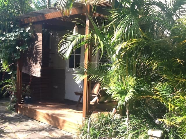 Garden flat Avalon Beach
