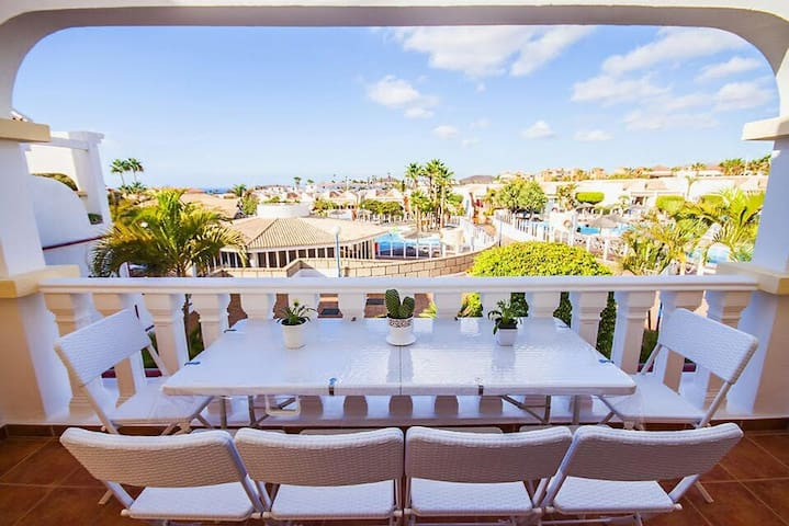Tenerife, Golf del Sur, Beautiful large townhouse