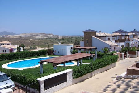 Andalusian villa w/ air con & pool - Vera playa - Villa
