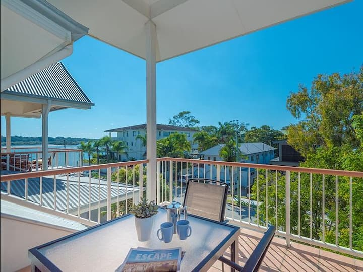 Noosaville River View Apartment - Drifters