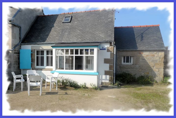 ile-grande ,maison 500m de la mer - Pleumeur-Bodou - House