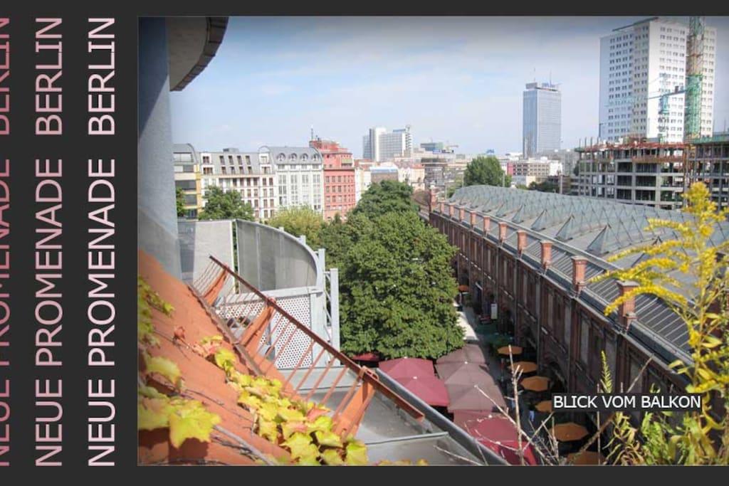 Blick vom Balkon auf den Hackeschen markt