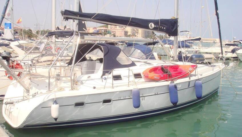 Vacaciones en velero, Despedidas de solter@s