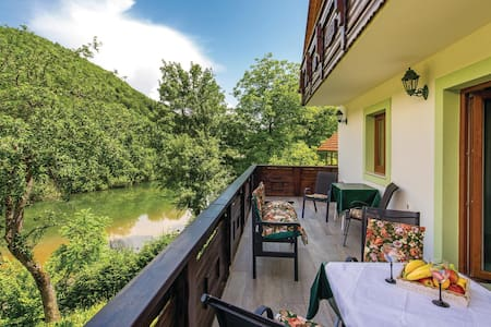 Holiday cottage with 3 bedrooms on 158m² in Brod na Kupi