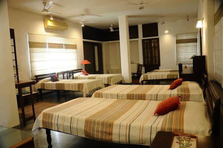 'Harmony' Room at Aurograce Homestay in Amritsar