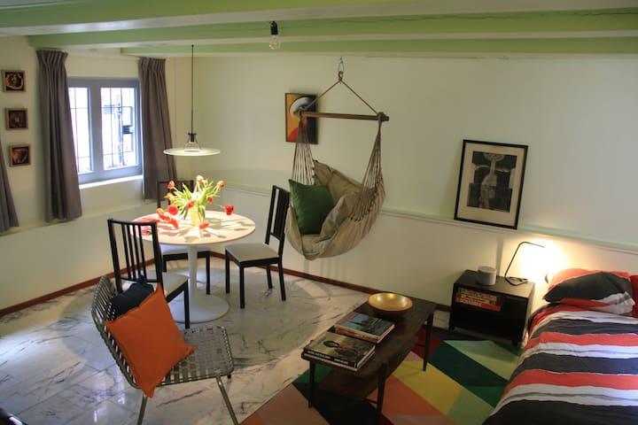 Private room(32m2), canal area, 350m > Rijksmuseum