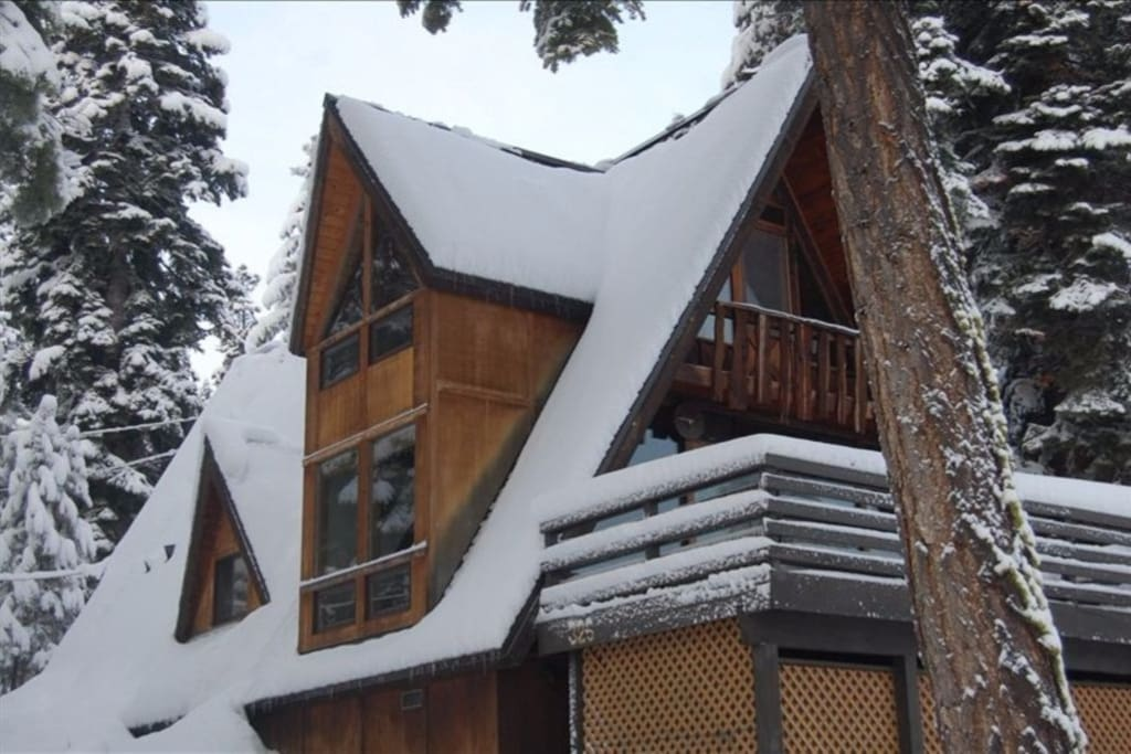 Summer or winter, the cabin is a lovely retreat