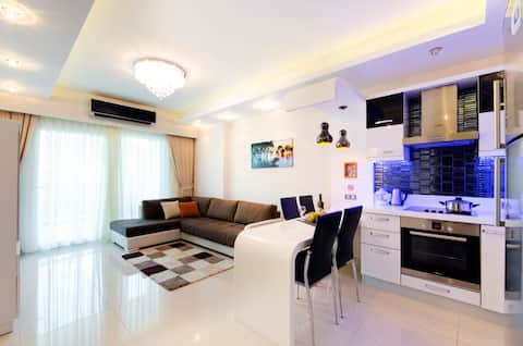 LUXURY APPARTMENT IN 7STARS COMPLEX