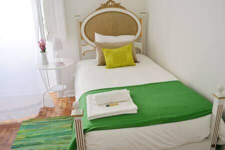 Sonets - Single Room - Faro - Haus