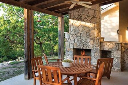 Hunt/Stablewood Springs 2BR Sleeps 8 - Free WiFi - Hunt - Timeshare