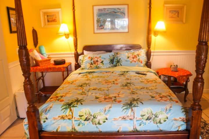 Seabreeze Gulfport Waterfront Beach Key West Suite