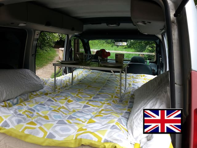 Travel England in a Stealthy Camper from £39/day!