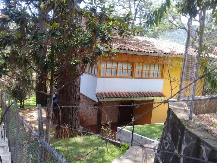 Cabaña del Bosque Ideal para  convivir y descansar