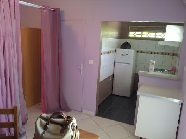 Studio meublé équipé à Cayenne - Cayenne - Apartment