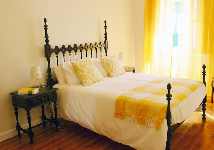 Journey to Portugal - double room - Faro - House