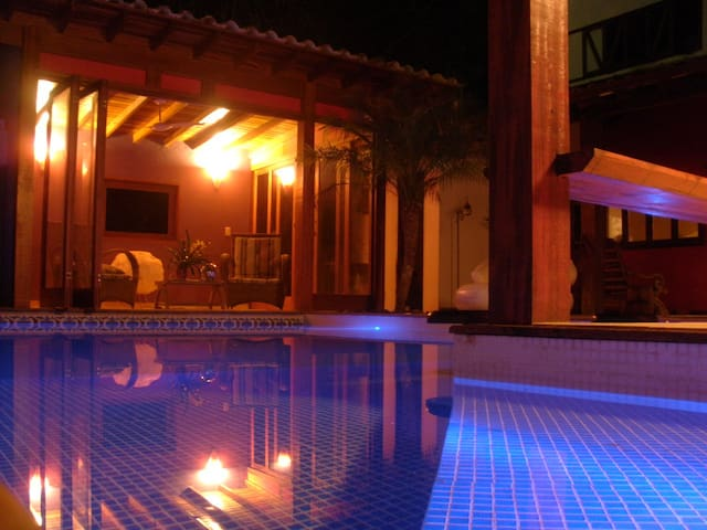 Cool house with pool in Paraty - Paraty - Huis