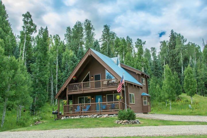 Rocky Mountain Log Cabin Retreat - Pagosa Springs - Cabaña