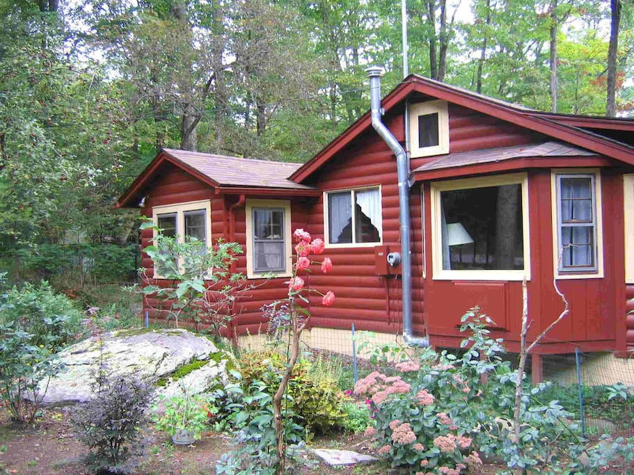 Romantic catskills cabin cabins for rent in smallwood for Cabins in the catskills