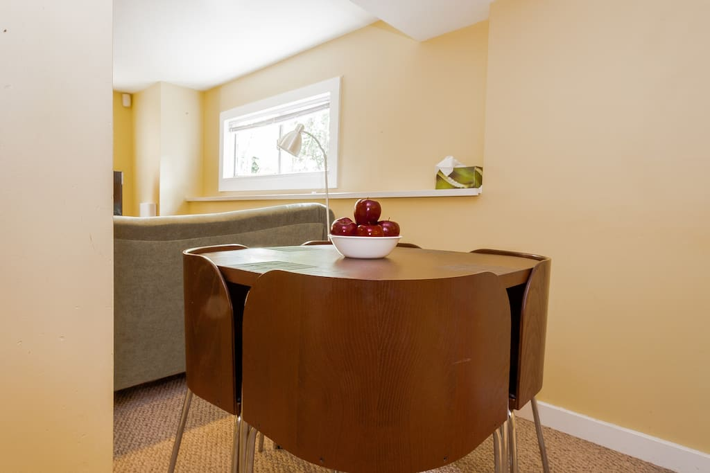 Self Catered 2 Bedroom In Law Basement Suite Guest Suites For Rent In Vancouver British