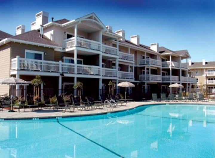 California (N)-Windsor Resort 1 Bdrm Condo #1