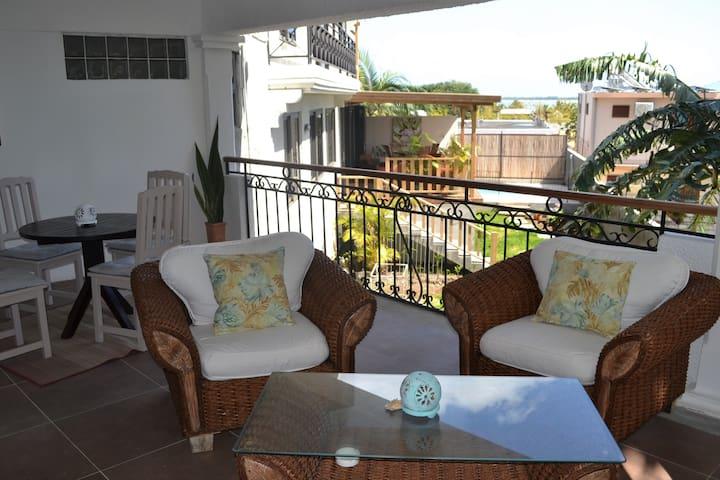 La Gaulette 21LG Spacious House Sea View & Pool