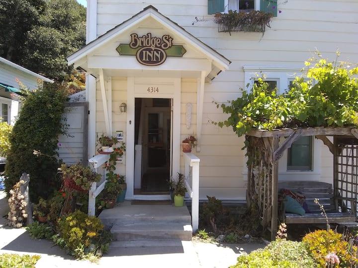 Charming East Village 3 bdrms @ Bridge Street Inn