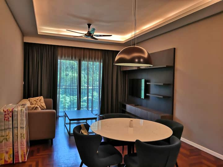 Sky Cozy home@vista 115 3R+2B ( vista residences)