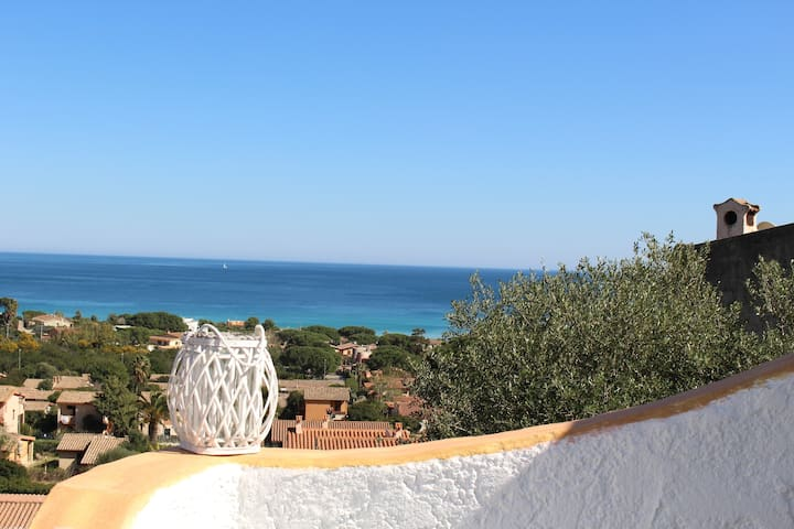 Appartamento panoramico con vista mare Costa Rei