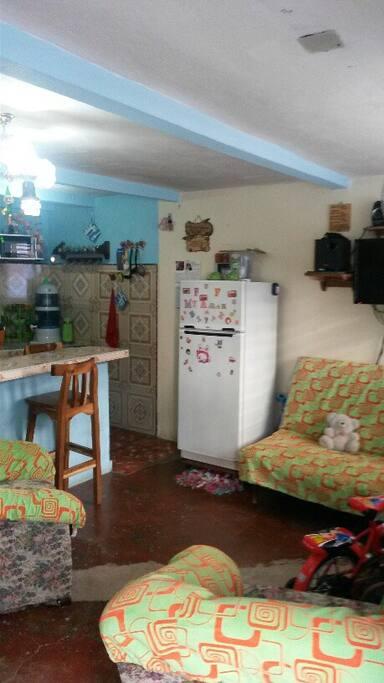 Wohnzimmer, Küche zur Mitbenutzung