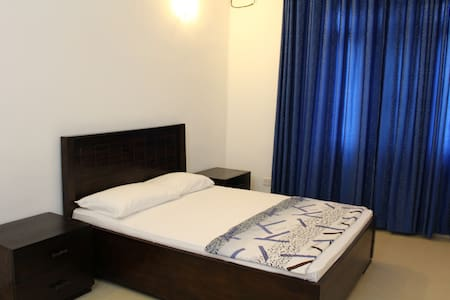 Circle Ceylon Residence -  5 Mins to Mount Beach - Dehiwala-Mount Lavinia - 独立屋