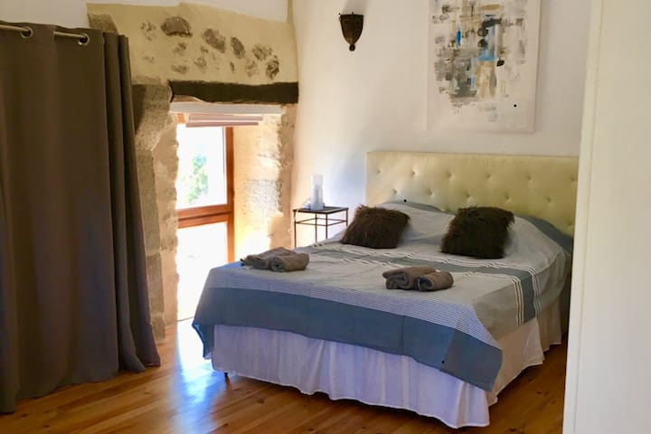 Beter Bed Slaapbank Driver.Airbnb La Fouillade Vacation Rentals Places To Stay