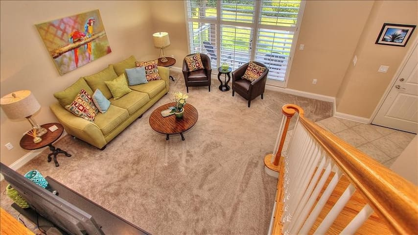 BLH13: Private Belle Harbor Townhouse Nestled in the Heart of Clearwater Beach