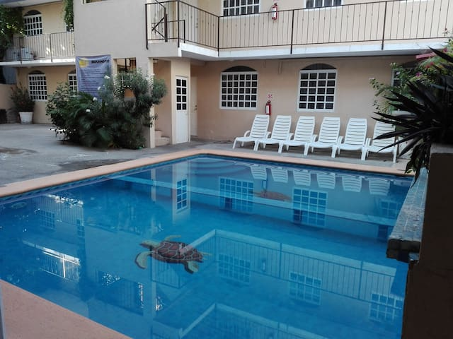 Habitación con alberca en Acapulco ! (304)